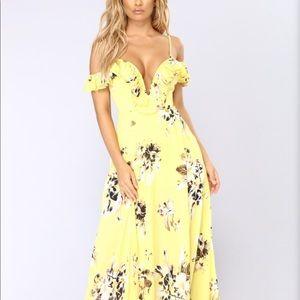 NEW!! Beautiful Fashion Nova Maxi Dress